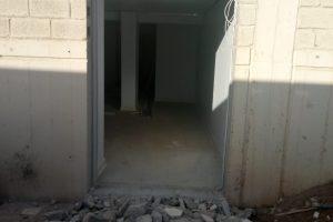 Κοπή τοιχίου για άνοιγμα πόρτας - Εικόνα